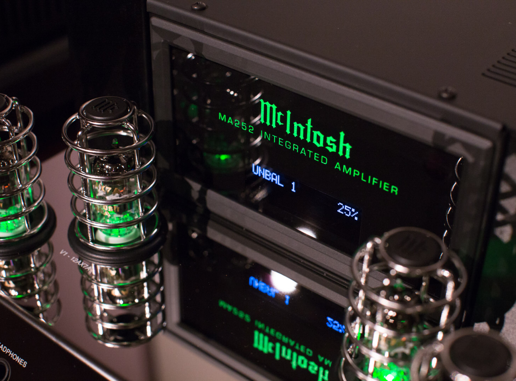 Introducing the McIntosh MA252