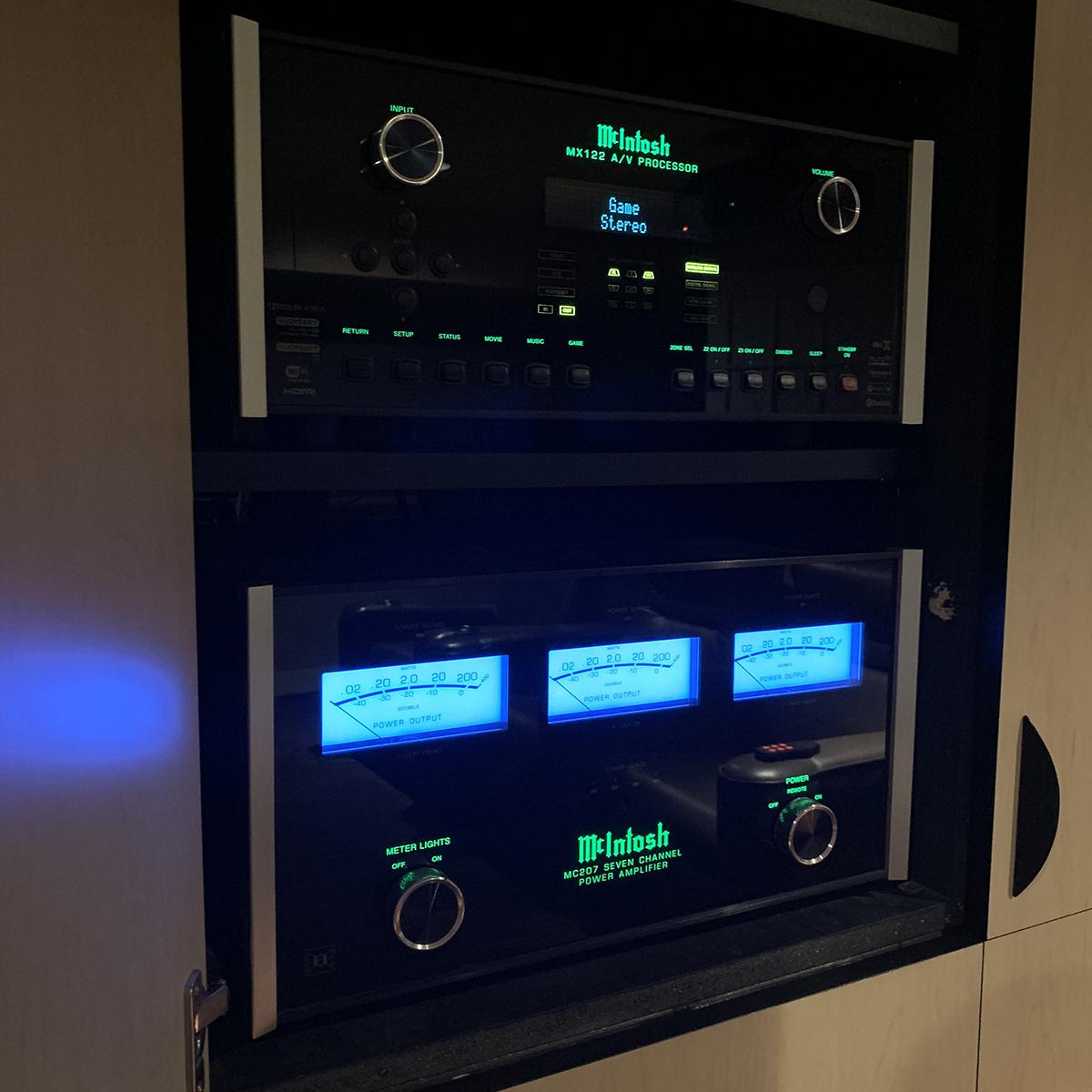 McIntosh Theater Package Deal! McIntosh MX122 AVP & MC207 7-channel amplifier