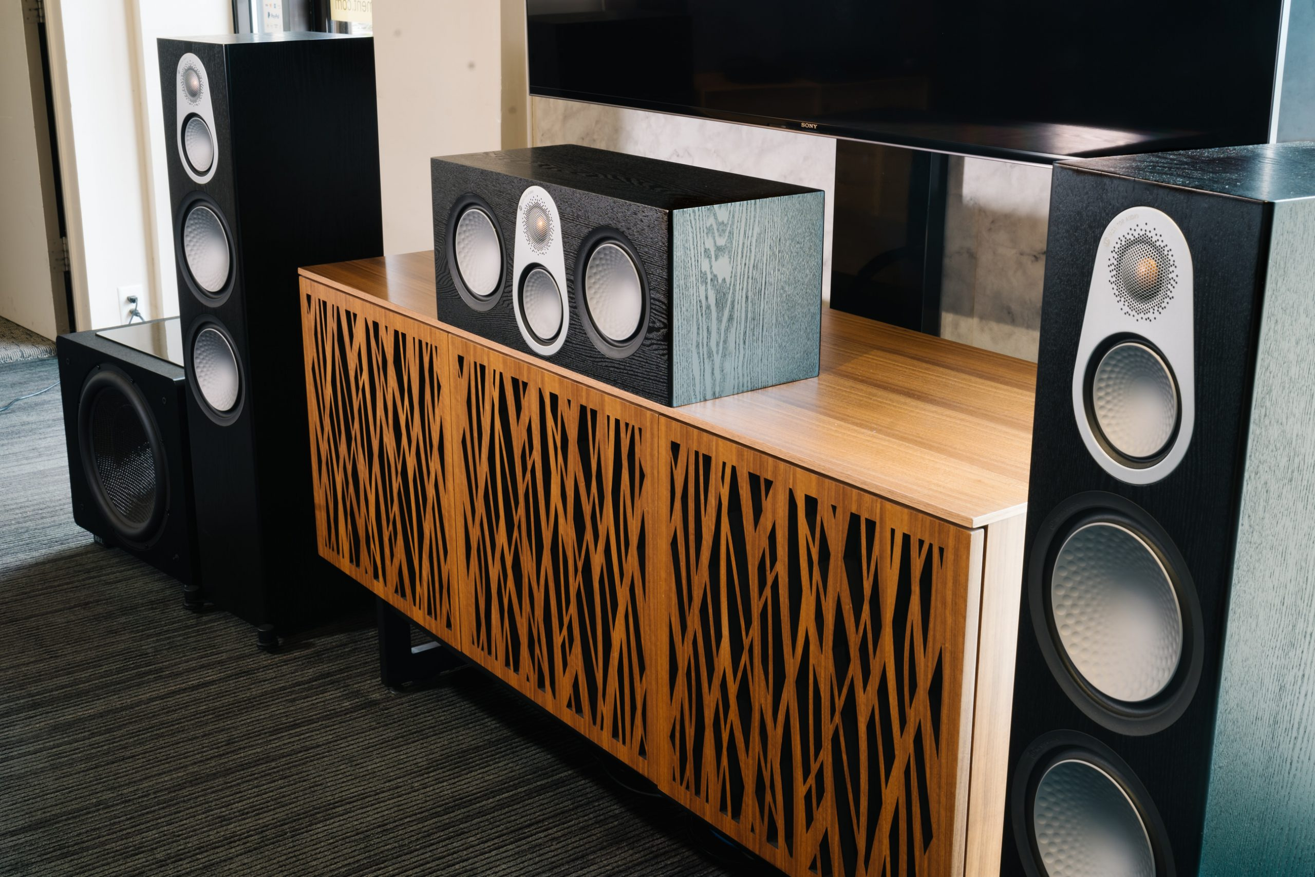 TSE HOME THEATER SYSTEM