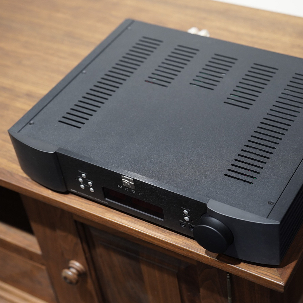 moon by simaudio 340i x integrated amplifier